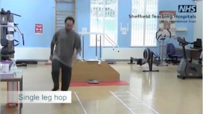 Single leg hop Thumbnail