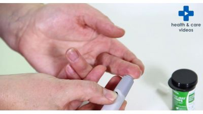 How to do a finger-prick test Thumbnail
