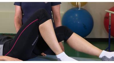 Single leg stretch Thumbnail