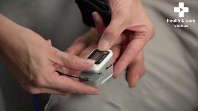 Measuring oxygen saturation Thumbnail