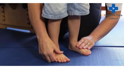 Normal variations in children's walking - Flat Feet Thumbnail